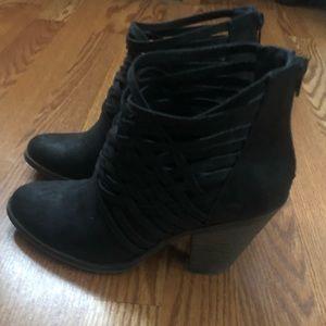 Black fergalicious boot good condition